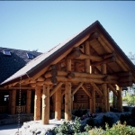 Luxury Log Home Building  in Canada