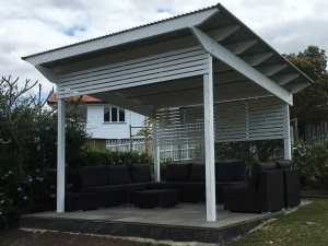Roofed Pergola with Screening, Metal Roofed Pergola, Roofed Pergola in Brisbane